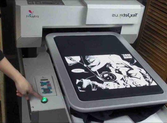 Quelle machine pour ecrire sur tissu ?